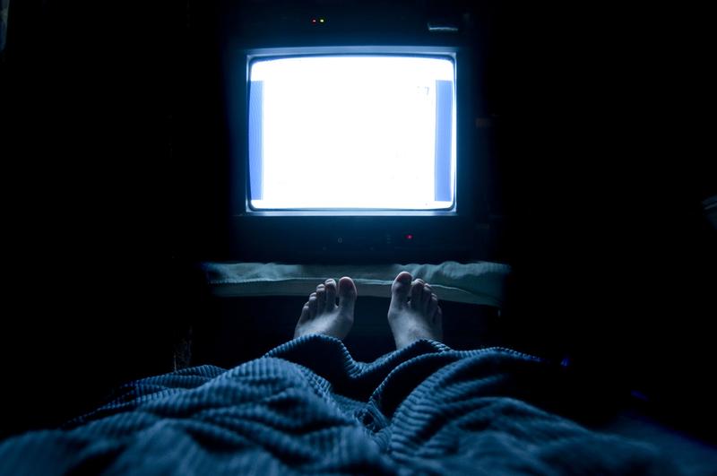 Гормон мелатонин: Что происходит с организмом, когда вы включаетесвет ночью