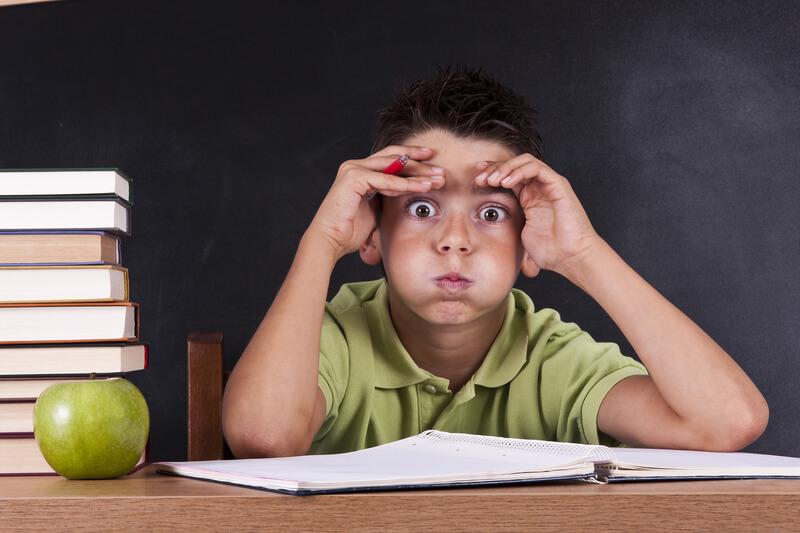 Школа и стресс: Когда ребенок не учится, а мучается