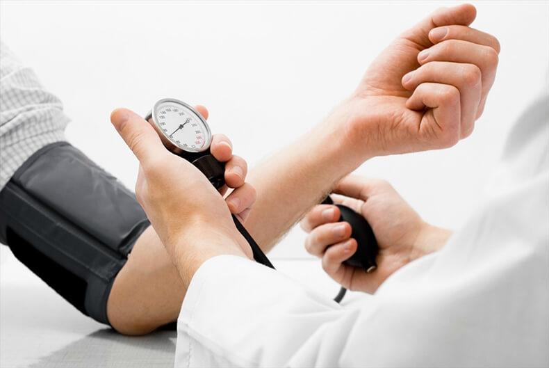 Лечение гипертонической болезни БЕЗ медикаментов!
