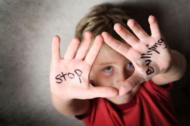 Что делать, если ваш ребенок – жертва школьной травли или возглавляет ее