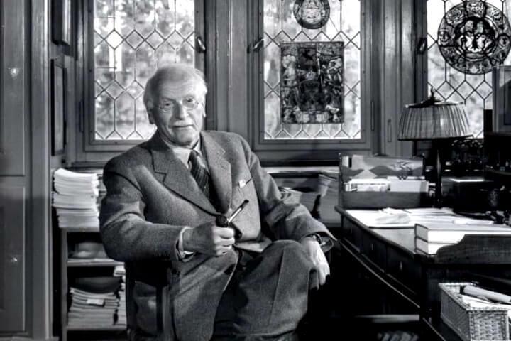 Карл Густав Юнг: Наша психическая структура повторяет структуру Вселенной