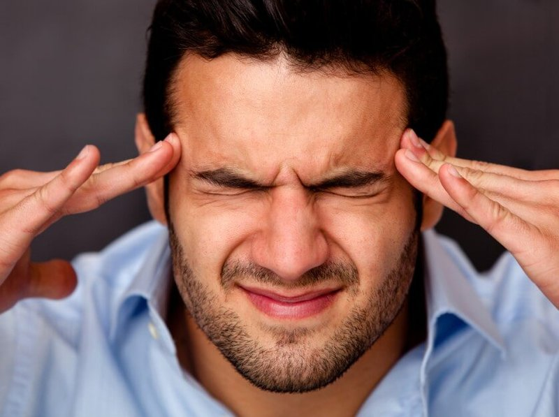 болит голова после нервного напряжения