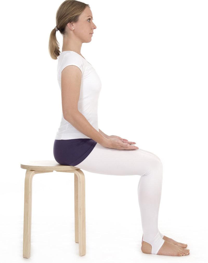 Это упражнение поможет сформировать королевскую осанку и идеальное положение органов