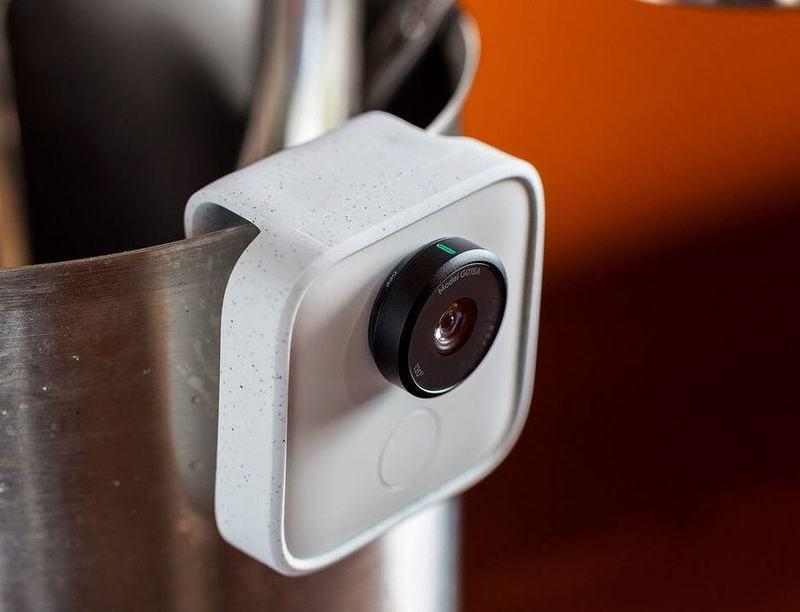 Стартовали продажи ИИ-камеры Clips, которая повергла в ужас Маска