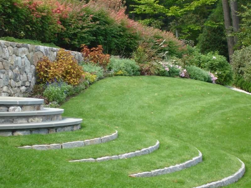 Лестница на участке и в саду: идеи для вдохновения