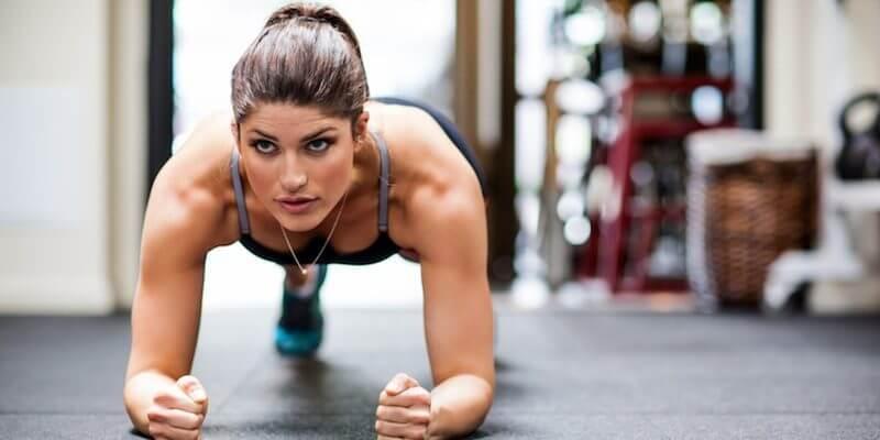 Фитнес дома: 5 упражнений с подвохом