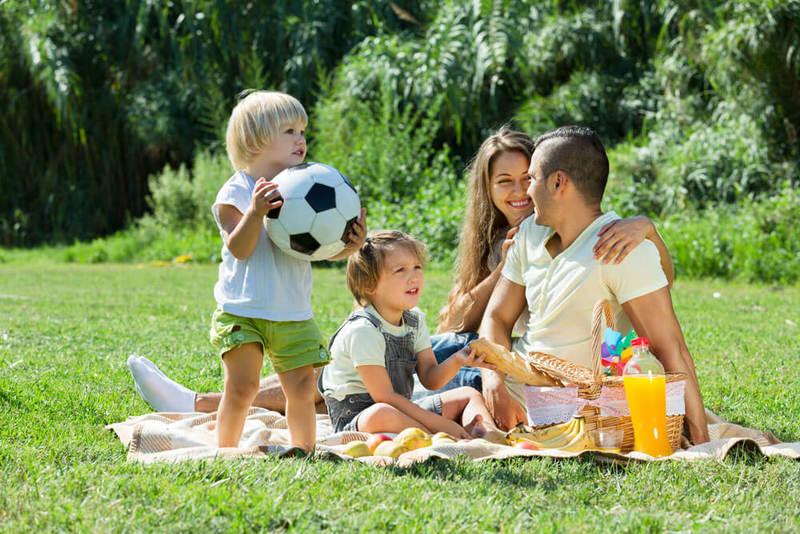 Чем заняться летом: 50 дел для детей и родителей