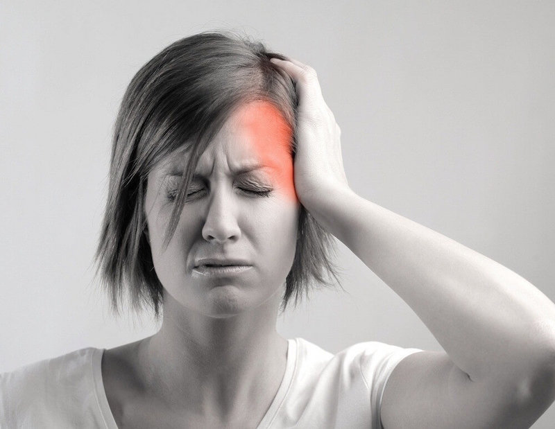 При глотании болит затылок