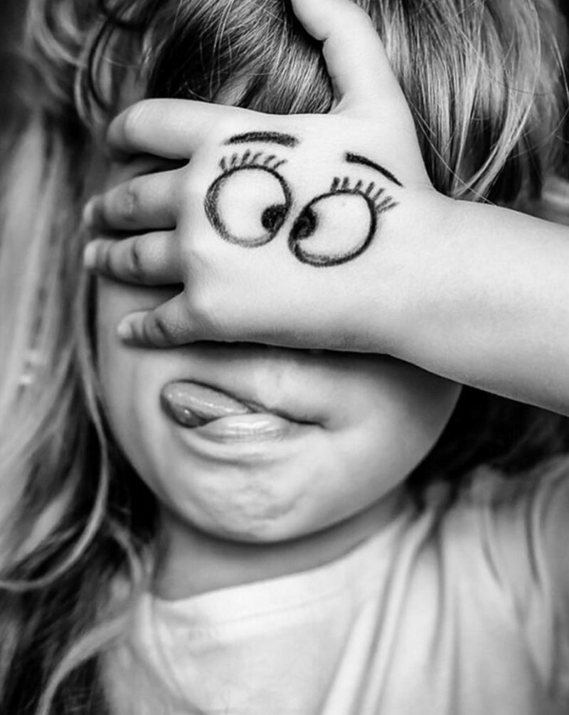 Жизнь напоказ: Как родители калечат психику своих детей