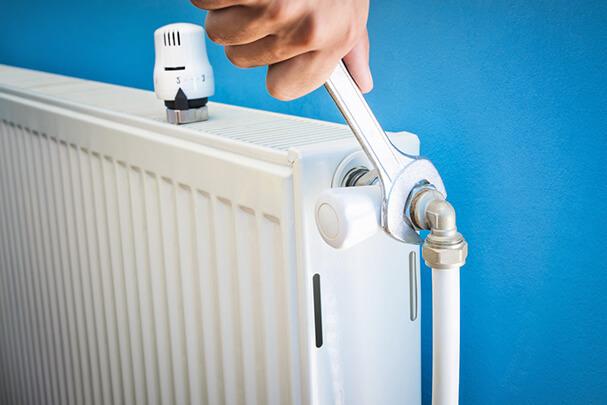 Как почистить биметаллическую батарею отопления самому