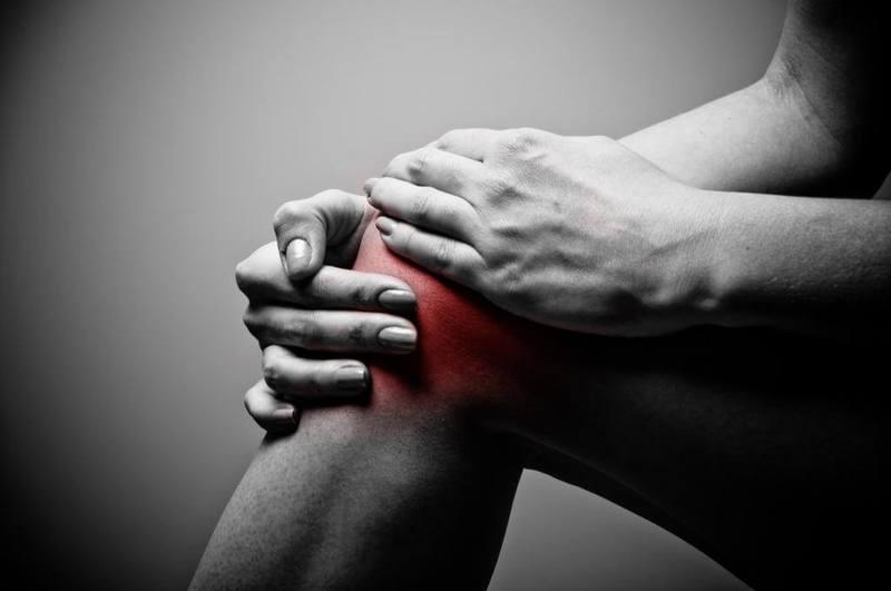 Синовит коленного сустава: Что делать?