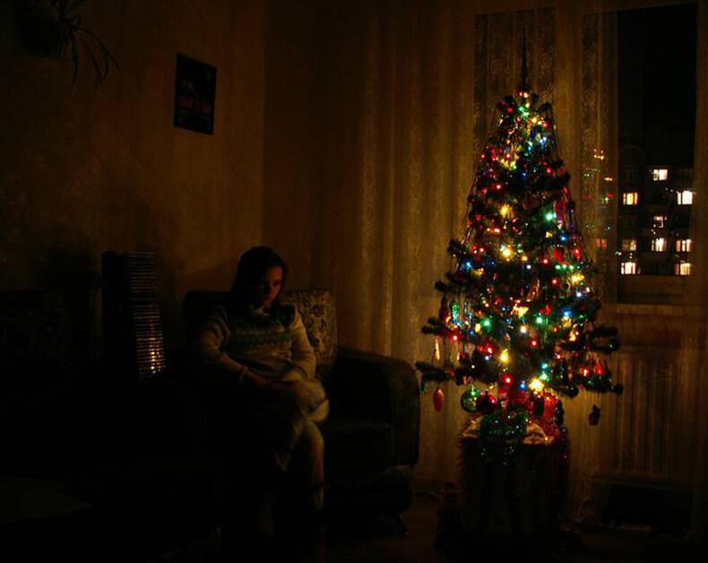 Новогоднее ОДИНОЧЕСТВО: Как пережить праздники, если праздновать не с кем