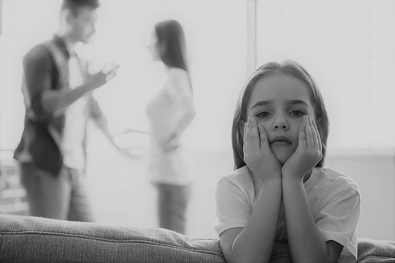 Фразы родителей, которые дарят детям комплексы