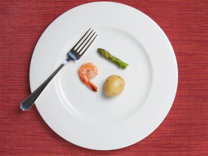 Диета, имитирующая голодание: Преимущества водного голодания без побочных эффектов