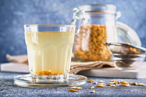 Полезные свойства древних целительных овсяных напитков — киселя и отвара