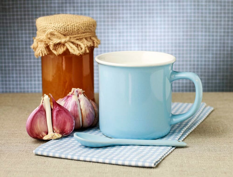 Молоко с чесноком: Рецепты, которые помогут сохранить молодость и здоровье