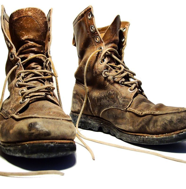 5 способов вывести неприятный запах обуви