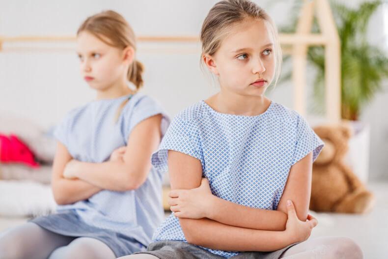 Агрессия детей разного возраста: 23 практических пункта