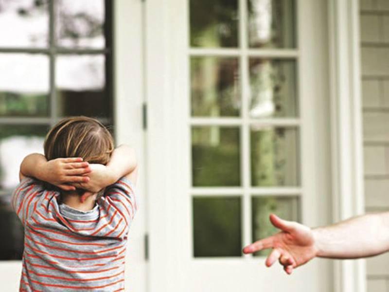 Синдромы Аспергера и Каннера: Проявления и лечение