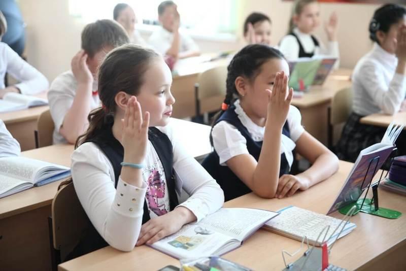 Марина Солотова: С первого класса они всего лишь статисты
