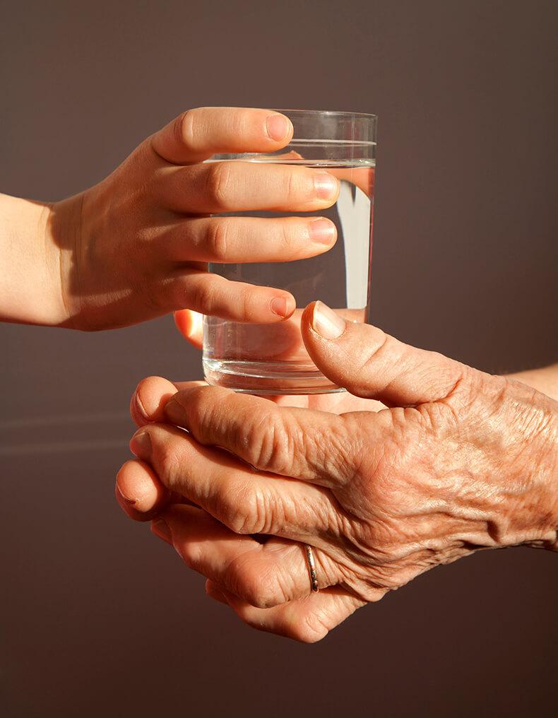 Стакан воды в старости