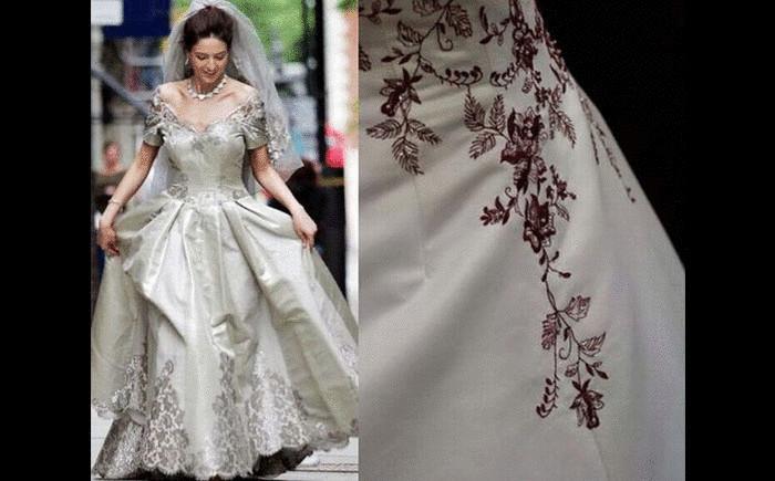 Платье известного итальянского дизайнера Мауро Адами выполнено из 40 метров шелка высокого класса, расшитого платиновыми нитками