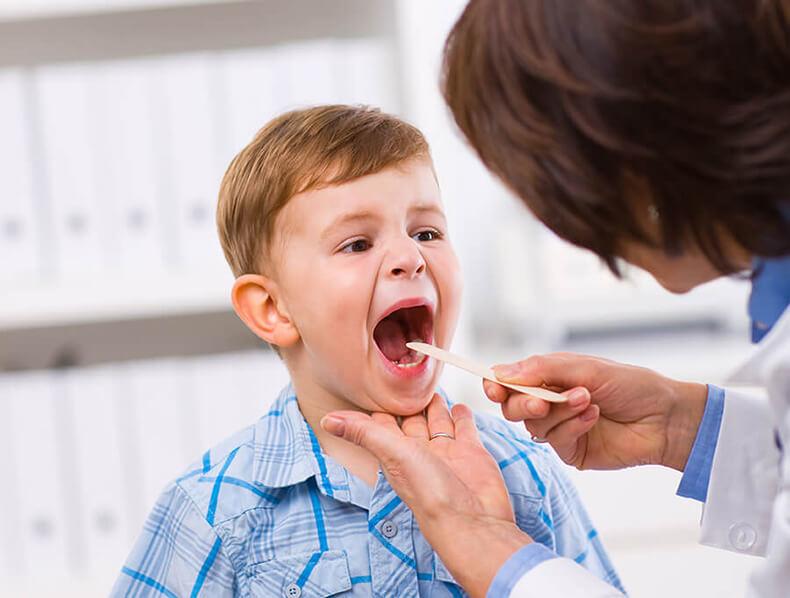Удаление детских миндалин и аденоидов увеличивает риск развития 28 заболеваний