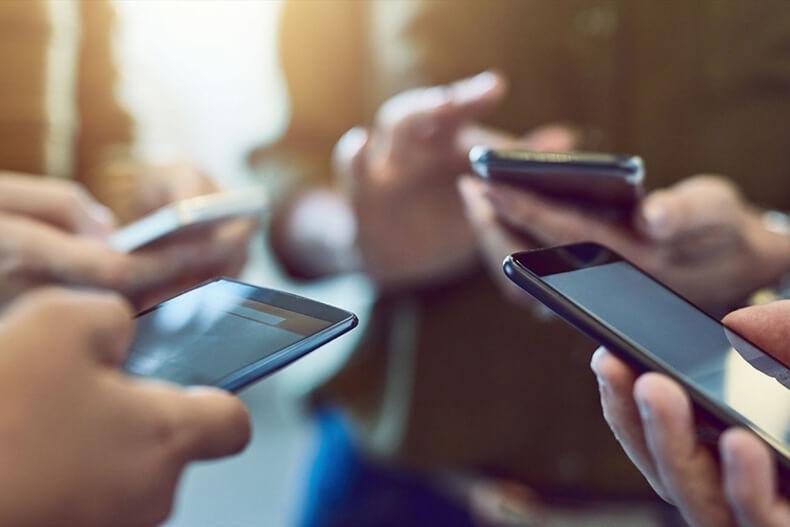Исследование: Почему категорически нельзя носить телефон близко к телу