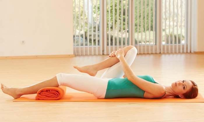 Здоровье позвоночника начинается с опоры: упражнения на выравнивание таза