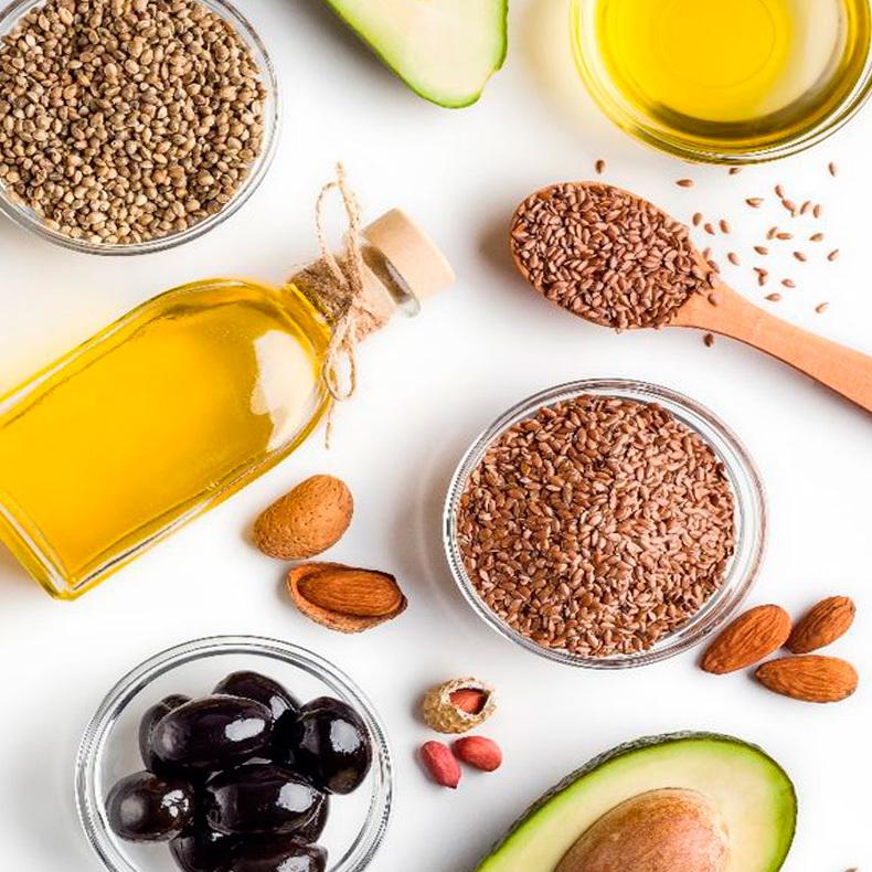 Здоровые жиры: продукты, которые нужно включить в свой рацион