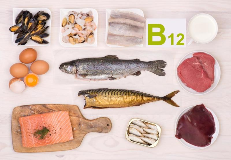 Чем полезен витамин B12?