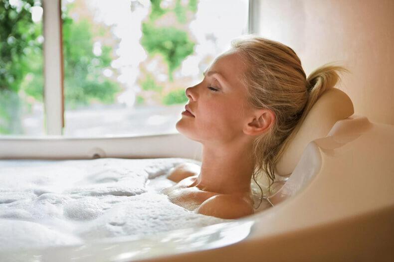 Как приготовить овсяную ванну для гладкой и здоровой кожи