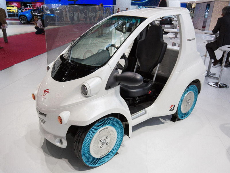 20141002-bridgestone-air-free-concept-tire-paris-motor-show-2014-001