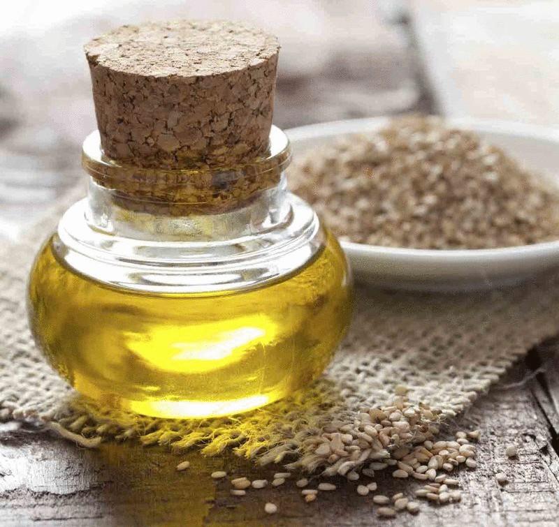 Уникальные  полезные свойства кунжутного масла
