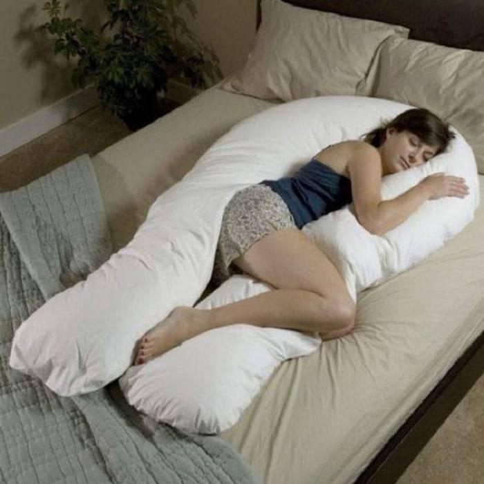 Подушка-обнимашка.