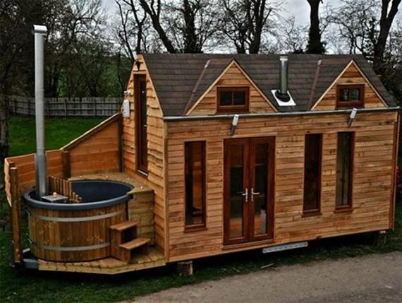 маленький дом с дровяной ванной