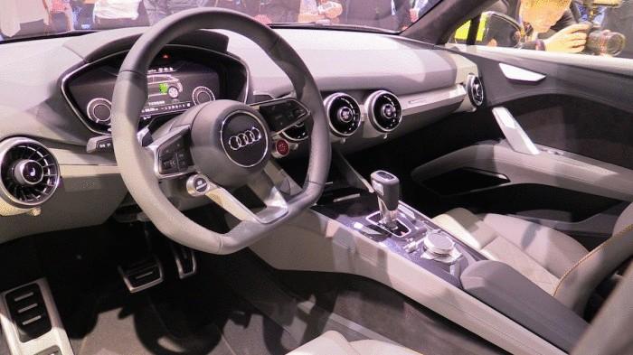 Салон Audi TT offroad.
