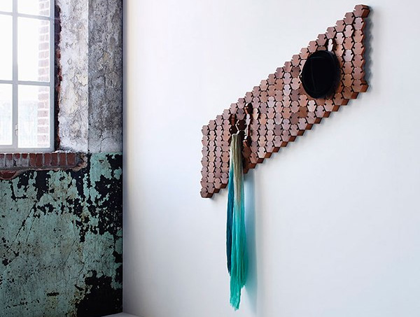 Дизайнерская вешалка для одежды от Studio Rene Siebum.