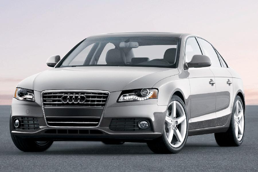 Audi A4. Единственный седан в списке обескураживает фанатов безопасности отсутствием выбора, хотя, действительно, конкурентов по этому параметру у «четверки» нет даже внутри самого бренда.