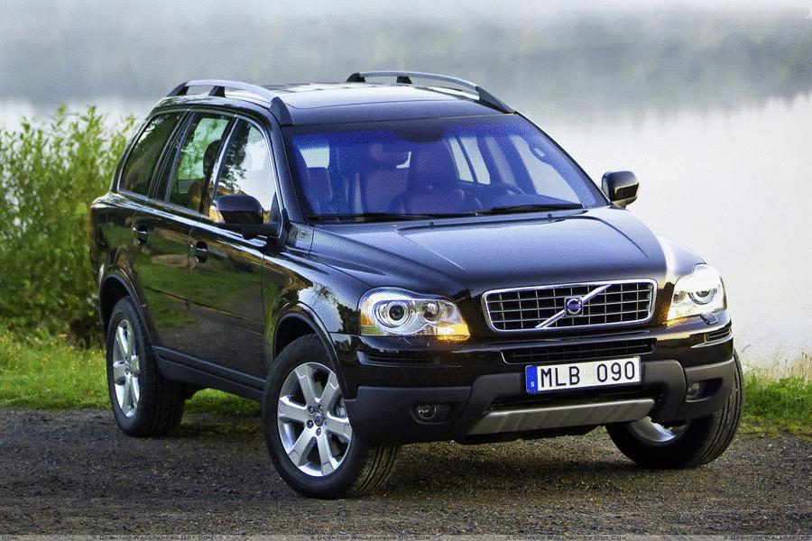 Volvo XC90. К 2009 году Volvo со своим самым успешным паркетником подошла в оптимальной технической форме, позволив сконцентрироваться на ряде несущественных внешних доработок. Поэтому, выбирая среди самых безопасных б/у автомобилей 2009-2012 годов выпуска,стоит особое внимание обратить на XC90, который к тому же и выглядит почти совершенно.