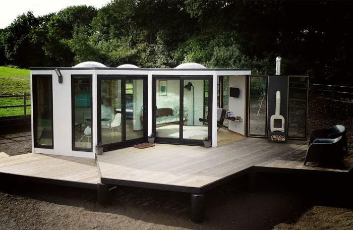 Дом с раздвижными модулями.