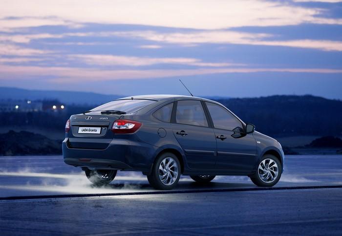 Lada Granta – самый дешевый российский автомобиль