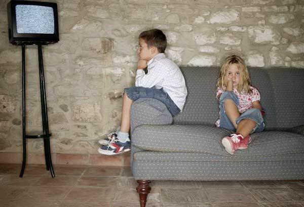 Действия родителей , которые повышают уровень зависимостей у детей